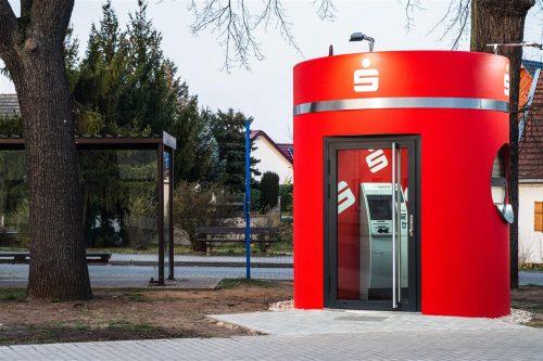 bboxx Geldautomat mit Foyer ATM