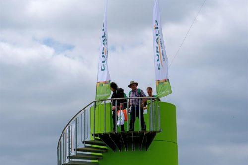 Mobiler Eventturm für Messeauftritt von EURALIS bboxx von Veloform