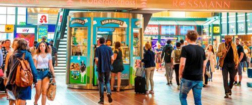 Veloform ScoopShop Kiosk für Ben & Jerry's im Hamburger Hauptbahnhof