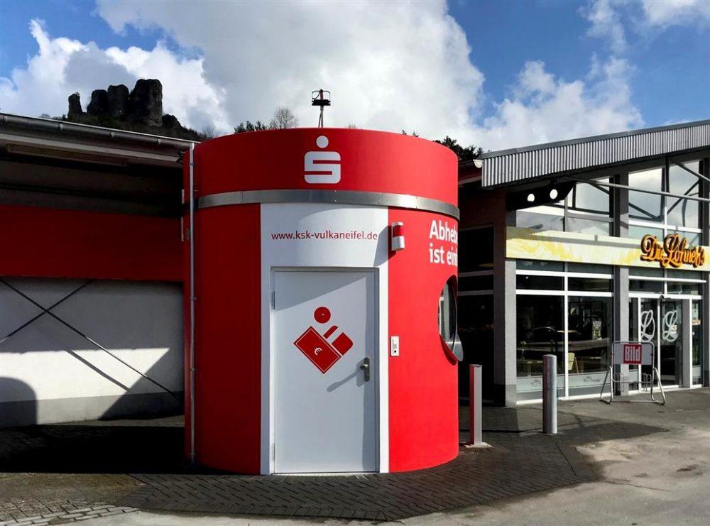 1 bboxx Geldautomat Foyer PLUS Kreissparkasse Vulkaneifel Standort Gerolstein