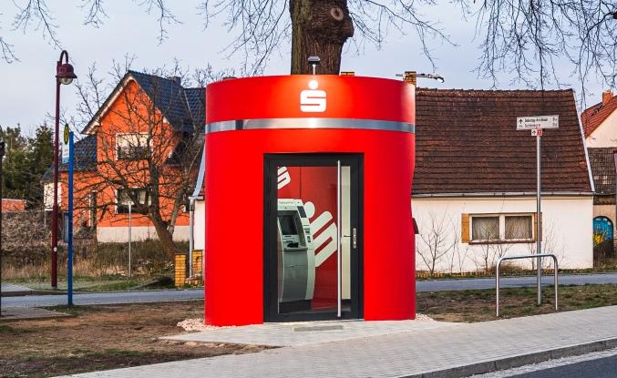 Veloform bboxx mobile ATM Foyer