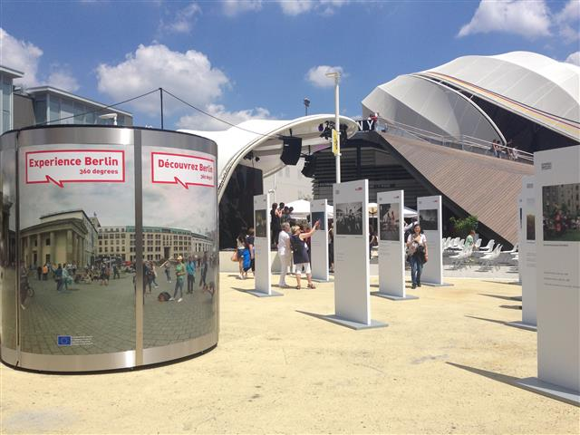 Veloform bboxx Information Booth EXPO Milano 2015 German pavillon