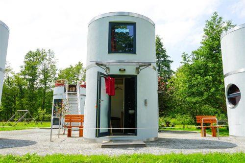 Veloforms slube Mini-Hotel Anlage auf dem Forellenhof Rottstock.